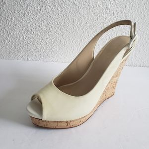 Nine  West wedge pattern leather upper in great us